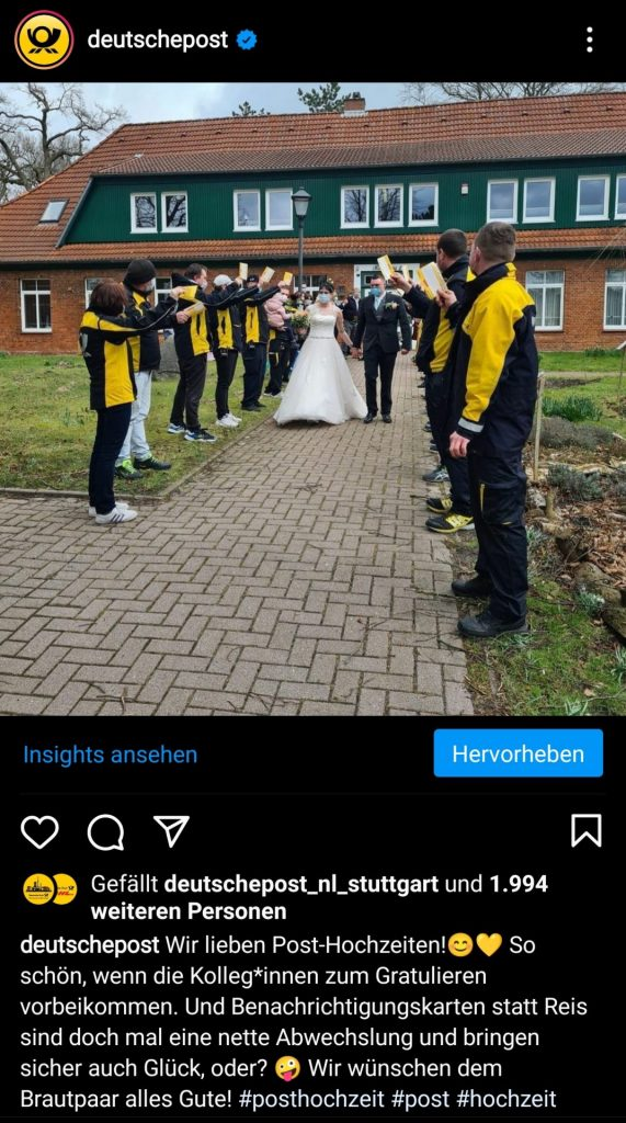Post mit Bildern einer Hochzeit von Post Angestellten